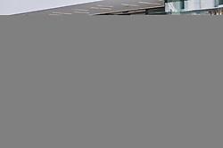 THEMENBILD - Teilnehmer der Vespa Alp Days stellen ihre Vespas in der Fussgängerzone ab, aufgenommen am 11. September 2020 in Zell am See, Oesterreich // Participants of the Vespa Alp Days park their Vespas in the pedestrian zone, in Zell am See, Austria on 2020/09/11. EXPA Pictures © 2020, PhotoCredit: EXPA/Stefanie Oberhauser