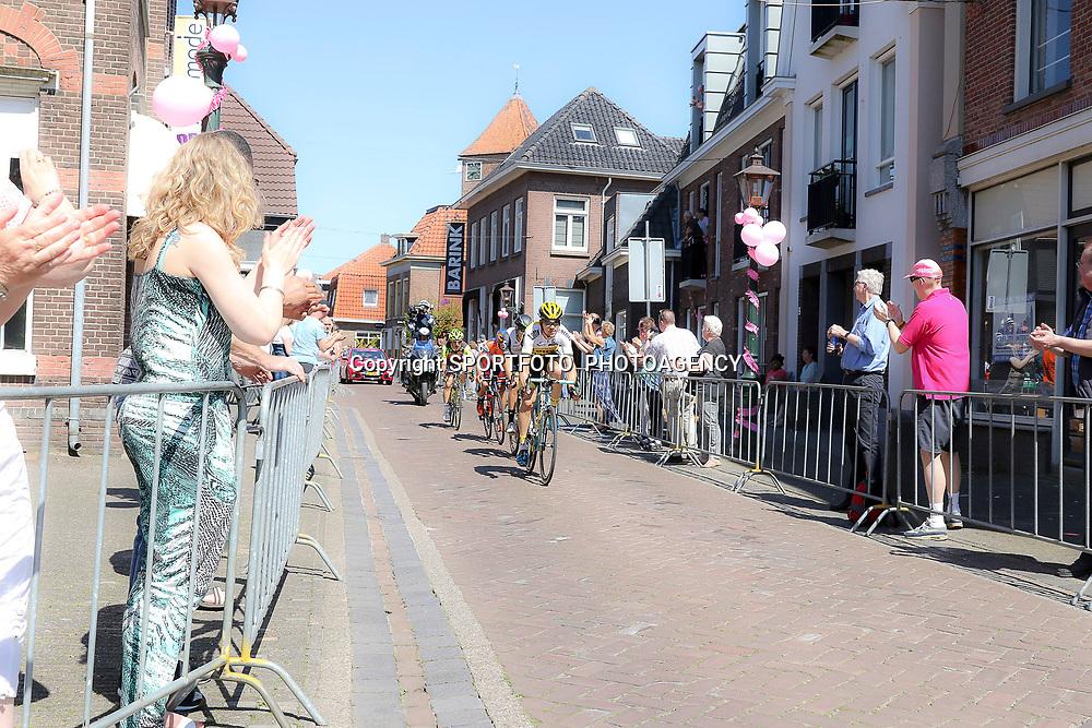 08-05-2016: Wielrennen: Giro: Arnhem<br />ARNHEM (NED) wielrennen<br />De tweede etappe van de voerde het peloton door de over Betuwe en de Liemers. Passage Borculo