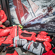 © Maria Muina I MAPFRE. Thermical cloth and weather gear for Leg 7 crossing the southern ocean and Cape Horn. Ropa térmica y trajes de agua para la etapa 7 y el paso por el Océano Sur y Cabo de Hornos.