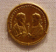 Gold medallion of Constantine I and Galerius as Emperors (Caesars). Roman AD 293