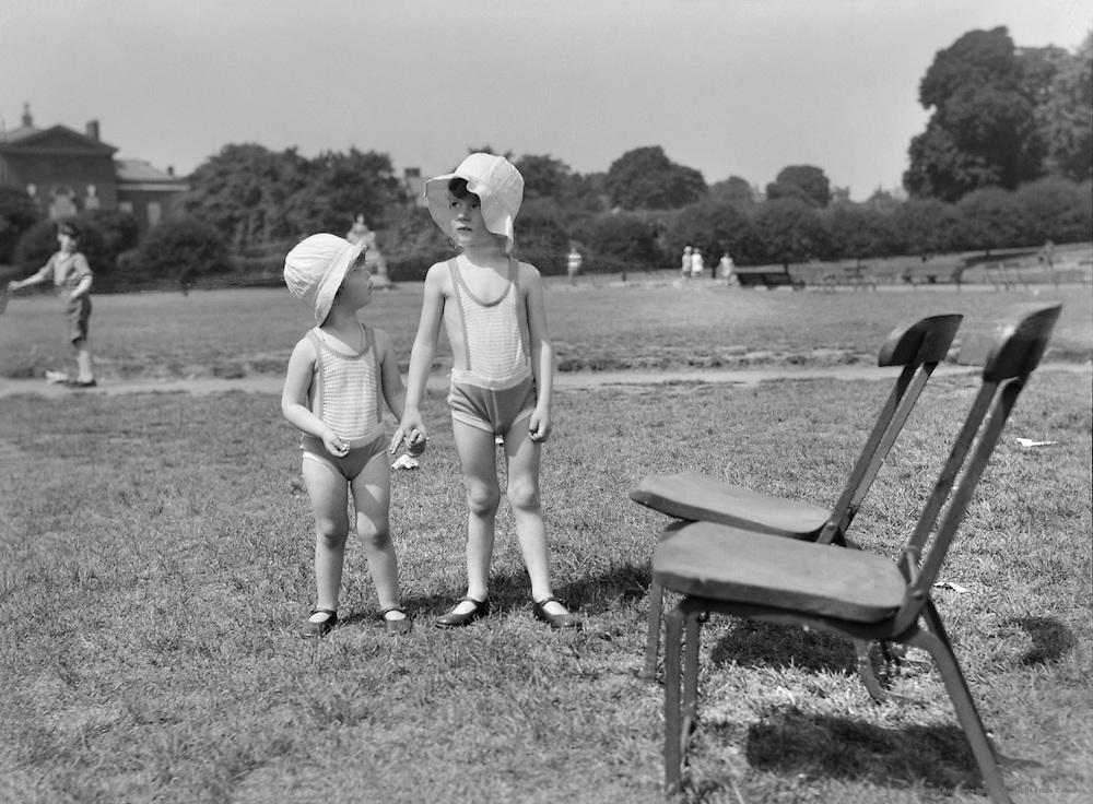 Kensington Gardens, Children in Bathing Suits, London, 1934