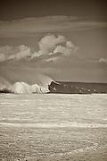 Black and White,photo,pipeline,surf photo,Hawai
