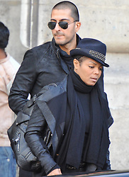 Janet Jackson and her boyfriend,Wissam Al Mana, strolling and shopping in Paris, France on October 16, 2010. Photo by ABACAPRESS.COM  | 248126_012
