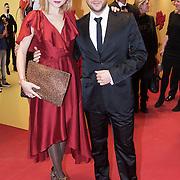 NLD/Amsterdam/20131203 -Premiere Bro's before Ho's, Caroline Spoor en partner Jon Karthaus