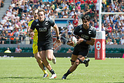 Twickenham, United Kingdom. 3rd June 2018, HSBC London Sevens Series. Game 38 Cup Semi Final. New Zealand vs Australia <br /> <br /> NZL, Dyian COLLIER, looking for an opening, during the Rugby 7's match played at the  RFU Stadium, Twickenham, England, <br /> <br /> <br /> <br /> © Peter SPURRIER/Alamy Live News