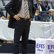 GERMANY...l<br /> EUROLEAGUE Efes Pilsen - Alba Berlin Basketball match. Alba Berlin's Head Coach Emir Mutapcic during their Abdi Ipekci Sports Hall in ISTANBUL at TURKEY.<br /> Photo by AYKUT AKICI/TurkSporFoto