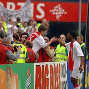 NLD/Rotterdam/20060507 - Finale competitie 2005/2006 Gatorade cup Ajax - PSV,  Klaas Jan Huntelaar scoort het winnende doelpunt