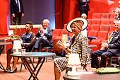 Koningin Maxima opent nieuw pand Theater Zuidplein