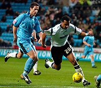 Photo: Ed Godden.<br />Coventry City v Derby County. Coca Cola Championship. 11/11/2006. Derby's Giles Barnes (R) takes the ball forward into the area.
