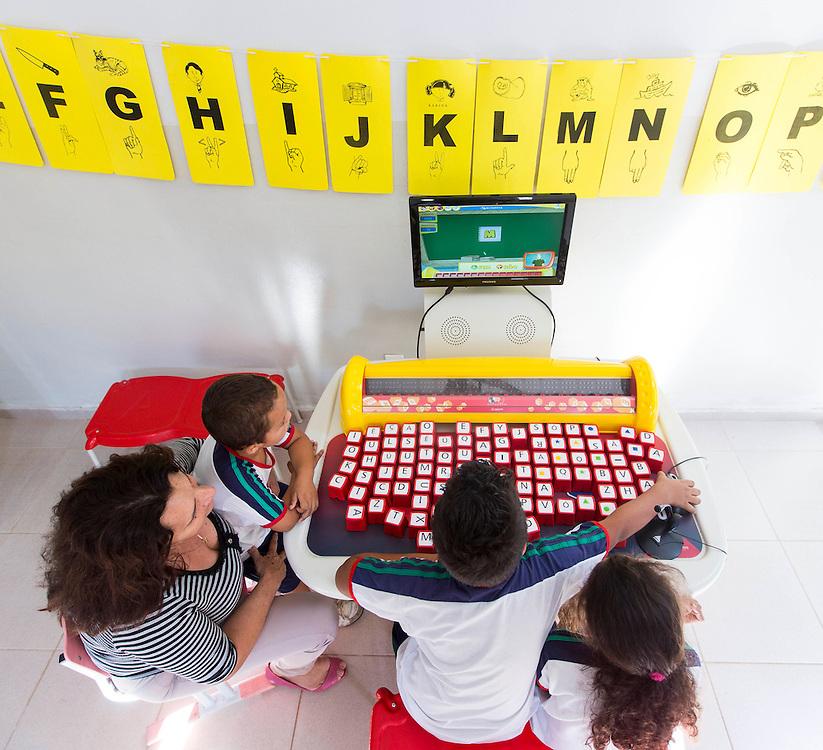 Lavras_MG, Brasil.<br /> <br /> Atividades da Escola Municipal Padre Dehon em Lavras, Minas Gerais.<br /> <br /> Activities in the School Padre Dehon in Lavras, Minas Gerais.<br /> <br /> Foto: LEO DRUMOND / NITRO