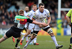 David Sisi of Bath Rugby takes on the Harlequins defence - Photo mandatory by-line: Patrick Khachfe/JMP - Mobile: 07966 386802 31/01/2015 - SPORT - RUGBY UNION - London - The Twickenham Stoop - Harlequins v Bath Rugby - LV= Cup