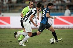 Bari (BA) 21.07.2012 - Trofeo Tim 2012. Inter - Juventus. Nella Foto: Milito (I) e Masi (J)