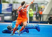 The Netherlands Rogier Hofman celebrates scoring their fifth goal. The Netherlands v Germany - Final Unibet EuroHockey Championships, Lee Valley Hockey & Tennis Centre, London, UK on 29 August 2015. Photo: Simon Parker