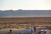 Fietsen staan bij de satrt van de derde racedag van het WHPSC. In de buurt van Battle Mountain, Nevada, strijden van 10 tot en met 15 september 2012 verschillende teams om het wereldrecord fietsen tijdens de World Human Powered Speed Challenge. Het huidige record is 133 km/h.<br /> <br /> Bikes at the start of the third racing day of the WHPSC. Near Battle Mountain, Nevada, several teams are trying to set a new world record cycling at the World Human Powered Speed Challenge from Sept. 10th till Sept. 15th. The current record is 133 km/h.