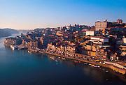 PORTUGAL, DOURO, PORTO Cais da Ribeira riverside quay cafes