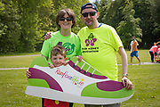 NO FEE PICTURES<br /> 19/5/18 Hundreds of people of all ages lapped up the summer sunshine when they came out to support an important cause which is close to many of their hearts, organ donation, by taking part in the Irish Kidney Association's 'Run for a Life' family fun run which took place at Corkagh Park, Clondalkin, Dublin 22 on Saturday 19th May.   (www.runforalife.ie) Nicola Mckenna, who donated her kidney to her brother Gerry Mckenna with her son Nicholas, 7 clones. Picture:Arthur Carron