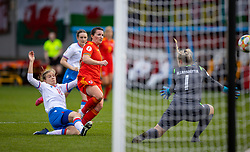 NEWPORT, WALES - Thursday, October 22, 2020: Wales' Helen Ward scores the first goal during the UEFA Women's Euro 2022 England Qualifying Round Group C match between Wales Women and Faroe Islands Women at Rodney Parade. Wales won 4-0. (Pic by David Rawcliffe/Propaganda)
