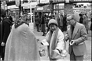 08/12/1977.12/08/1977.8th December 1977.  Photograph of Maureen Potter & Danny Cummins collecting money for Concern at St Stephens Green.