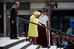 © Licensed to London News Pictures. 10/06/2016. London, UK. HRH Queen ELIZABETH II and PRINCE PHILIP, DUKE OF EDINBURGH leave a service of thanksgiving to mark the 90th birthday of Queen Elizabeth II, held at St Paul's Cathedral in London. Photo credit: Ben Cawthra/LNP