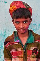 Inde, Rajasthan, Jaipur, enfant lors de la fête de Holi // India, Rajasthan, Jaipur, child during Holi festival