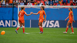 15-06-2019 FRA: Netherlands - Cameroon, Valenciennes<br /> FIFA Women's World Cup France group E match between Netherlands and Cameroon at Stade du Hainaut / Desiree van Lunteren #2 of the Netherlands, Lieke Martens #11 of the Netherlands, Jackie Groenen #14 of the Netherlands