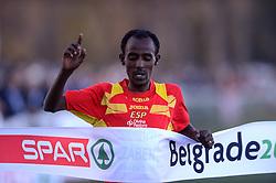 08-12-2013 ATHLETICS: SPAR EC CROSS COUNTRY: BELGRADE<br /> Senior mannen / Winnaar BEZABEH, Alemayehu SPA. 10 km in 29.11<br /> ©2013-WWW.FOTOHOOGENDOORN.NL