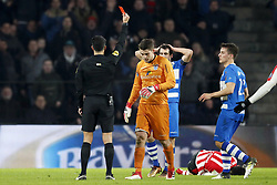 (L-R) referee Serdar Gozubuyuk, goalkeeper Mickey van der Hart of PEC Zwolle, Dirk Marcellis of PEC Zwolle, Hirving Lozano of PSV, Erik Bakker of PEC Zwolle during the Dutch Eredivisie match between PSV Eindhoven and PEC Zwolle at the Phillips stadium on February 03, 2018 in Eindhoven, The Netherlands