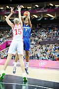 DESCRIZIONE : Basketball Jeux Olympiques Londres Demi finale<br /> GIOCATORE : Gruda Sandrine<br /> SQUADRA : France  FEMME<br /> EVENTO : Jeux Olympiques<br /> GARA : France Russie<br /> DATA : 09 08 2012<br /> CATEGORIA : Basketball Jeux Olympiques<br /> SPORT : Basketball<br /> AUTORE : JF Molliere <br /> Galleria : France JEUX OLYMPIQUES 2012 Action<br /> Fotonotizia : Jeux Olympiques Londres demi Finale Greenwich Northwest Arena<br /> Predefinita :