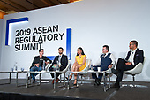 27. Plenary session - Panel discussion 'Creating a gold standard for AML and CFT'
