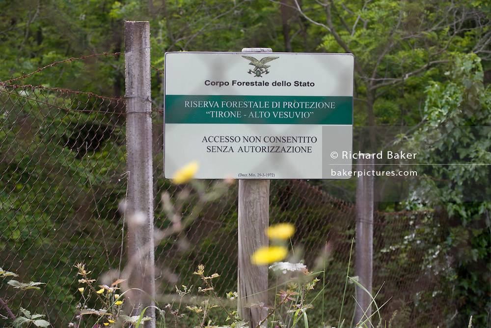 State sign forbidding access without permission to the forest on the slopes of Vesuvius.