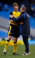 Photo: Jed Wee.<br />Manchester City v Wigan Athletic. The Barclays Premiership. 18/03/2006.<br /><br />Wigan manager Paul Jewell (R) congratulates captain Arjan de Zeeuw at the end of the match.