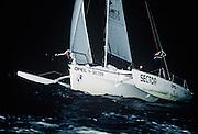 KNA000723  07/2000 Kenya<br /> ©Sebastian Devenish<br /> Mike Horn - Latitude 0¡: First meeting on indian ocean