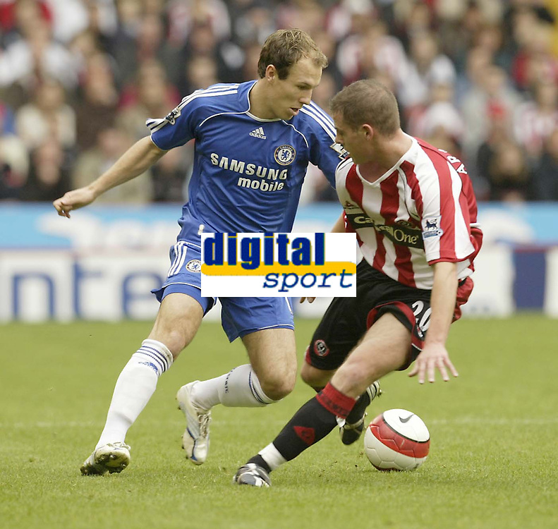 Photo: Aidan Ellis.<br /> Sheffield United v Chelsea. The Barclays Premiership. 28/10/2006.<br /> Chelsea's Arjen Robben beats Sheffield's Chris Armstrong