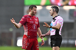 Steffan Hughes of Scarlets talks to Referee Frank Murphy<br /> <br /> Photographer Craig Thomas/Replay Images<br /> <br /> Guinness PRO14 Round 11 - Scarlets v Edinburgh - Saturday 15th February 2020 - Parc y Scarlets - Llanelli<br /> <br /> World Copyright © Replay Images . All rights reserved. info@replayimages.co.uk - http://replayimages.co.uk