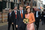 Zijne Hoogheid Prins Floris van Oranje Nassau, van Vollenhoven en mevrouw mr. A.L.A.M. Söhngen zijn donderdag 20 oktober in het stadhuis van Naarden in het burgelijk huwelijk getreden. De prins is de jongste zoon van Prinses Magriet en Pieter van Vollenhoven.<br /> <br /> 20OCT, 2005 - Civil Wedding Prince Floris and Aimée Söhngen. <br /> <br /> Civil Wedding Prince Floris and Aimée Söhngen in Naarden. The Prince is the youngest son of Princess Margriet, Queen Beatrix's sister, and Pieter van Vollenhoven. <br /> <br /> Op de foto / On the photo;<br /> <br /> <br /> Zijne Hoogheid Prins Floris Frederik Martijn van Oranje-Nassau, Van Vollenhoven en mevrouw Aimée Leonie Allegonde Marie Söhngen <br /> <br /> His highness prince Floris Frederik Martijn van Oranje-Nassau, Van Vollenhoven and Ms Aimée Leonie Allegonde Marie Söhngen