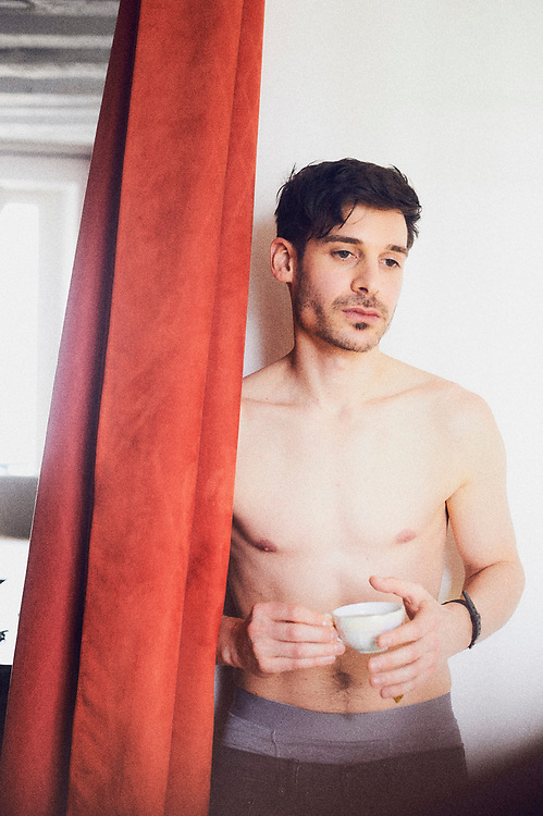 Parker Marx, an adult performer in the independent porn industry, drinking tea in an apartment in Paris, France. December 6, 2017.<br /> Parker Marx, acteur dans le milieu du film pornographique independant, boit le the dans un appartement a Paris, France. 6 december 2017.