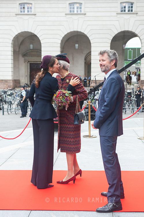 05.10.2021. Copenhagen, Denmark.<br /> Crown Princess Mary greets Princess Benedikte at the opening of Denmark's Parliament (Folketinget) at Christiansborg Palace in Copenhagen, Denmark.<br /> Photo: © Ricardo Ramirez