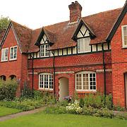 Brick Cottage - Avebury, UK