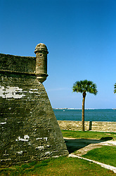 Florida: St. Augustine, Historic Fort El Castillo San Marcos.  Photo: flaugu102.Photo copyright Lee Foster, 510/549-2202, lee@fostertravel.com, www.fostertravel.com