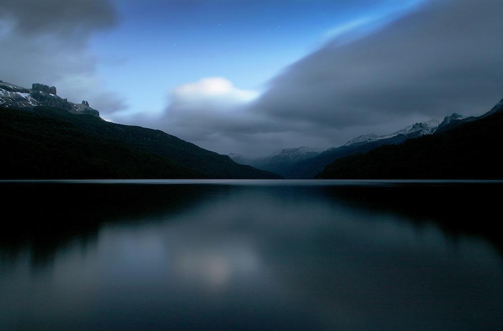 Lago Falkner at midnight, Patagonia