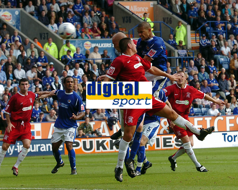 Photo: Kevin Poolman.<br />Leicester City v Southend United. Coca Cola Championship. 26/08/2006. Leicester's Patrick Kisnorbo scores a header to open the scoring.