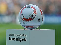 23.04.2011, Millerntor Stadion, Hamburg, GER, 1.FBL, FC St. Pauli vs Werder Bremen, im Bild Feature offizieller Spielball der Bundesliga   EXPA Pictures © 2011, PhotoCredit: EXPA/ nph/  Frisch       ****** out of GER / SWE / CRO  / BEL ******