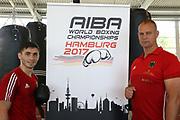 Boxen: AIBA World Boxing Championship, Nationalmannschaft Deutschland, Pressetraining, Hamburg, 23.08.2017<br /> Murat Yildirim und Trainer Mike Hanke<br /> © Torsten Helmke