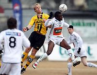 Fotball , 13. april 2008 , Adeccoligaen , 1. divisjon , Hønefoss - Start 3-3, <br /> Lars Martin Engedal , Start og Umaru Bangura , Hønefoss
