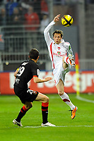 FOOTBALL - FRENCH CHAMPIONSHIP 2010/2011 - L1 - STADE RENNAIS v STADE BRESTOIS - 9/04/2011 - PHOTO PASCAL ALLEE / DPPI - BENOIT LESOIMIER (BREST) / ROMAIN DANZE (REN)