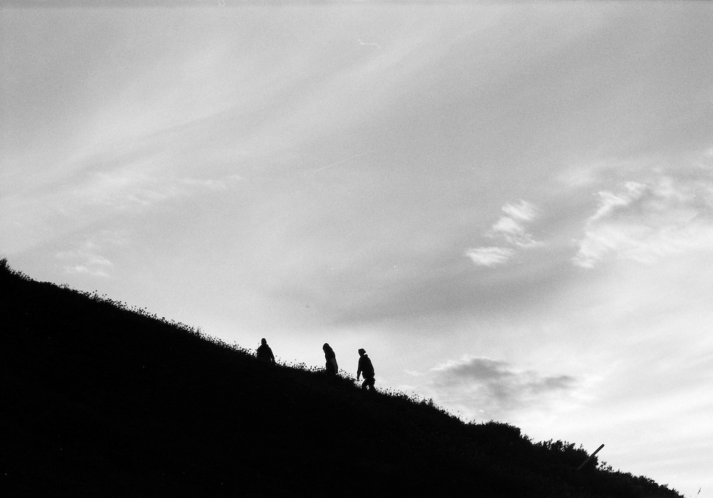 Fjällvandrare på väg upp på Nuolja