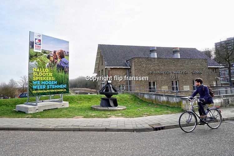 Nederland, Nijmegen, 20-2-2019Het Hollandsch Duits gemaal uit 1933 wat overtollig water uit de Ooijpolder en de Duitse Duffelt naar de rivier de waal, rijn pompt . FOTO: FLIP FRANSSEN