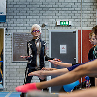 Nederland, Haarlem, 19 april 2017.<br /> Turntrainster Nel Krauwel  een 85-jarige turntrainster die zelf nog zo fit en lenig als een hoentje is. Ze geeft nog elke dag training en heeft veel te vertellen over turnen, is als voormalig bondscoach in het verleden op Russische en Roemeense turninternaten geweest.<br /> <br /> Op de foto: Nel Krauwel tijdens de turnles van Bato turnvereniging  in sporthal Kennemer.<br /> voorkeurfoto!<br /> <br /> <br /> Foto: Jean-Pierre Jans