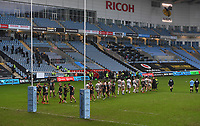 Rugby Union - 2020 / 2021 Gallagher Premiership - Wasps vs Exeter Chiefs - Ricoh Stradium<br /> <br /> Players shake hands at the end of the game with Wasps winning 34-5<br /> <br /> COLORSPORT/ASHLEY WESTERN
