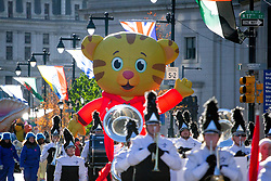November 22, 2018 - The Thanksgiving Day Parade in Philadelphia proceeds down the Benjamin Franklin Parkway, November 22, 2018. Those who came out along the parade route were cautioned to prepare for temperatures in the mid-20's and moderate winds. (Credit Image: © Michael CandeloriZUMA Wire)